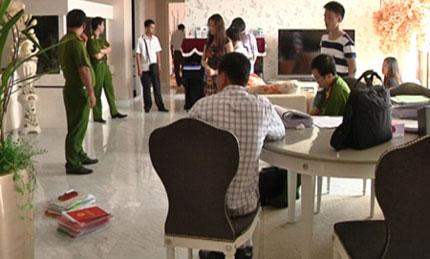 Hai con trai quý bà Trương Thị Tuyết Nga tạm thời điều hành bệnh viện 1