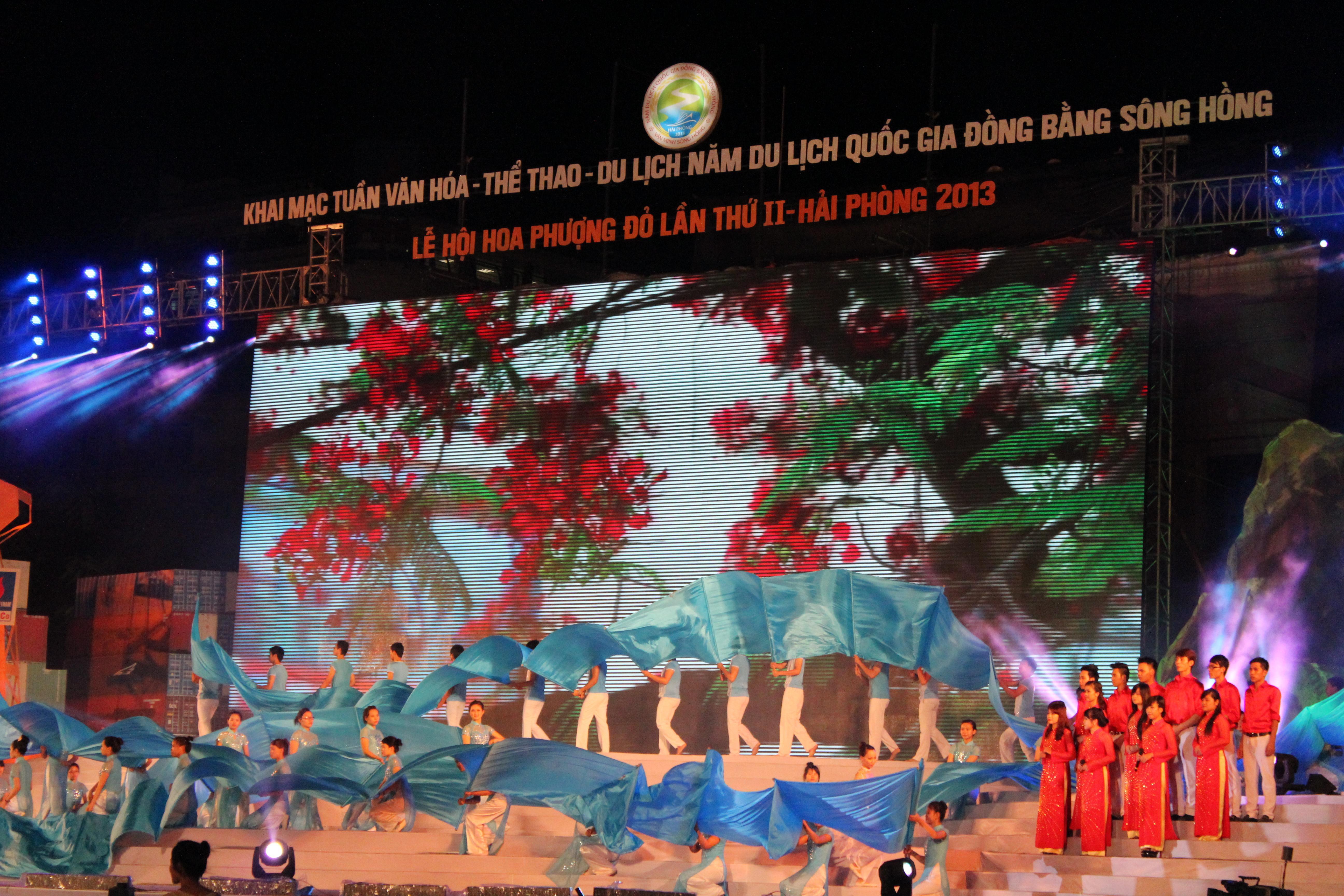 Ấn tượng và hoành tráng Lễ hội Văn minh Sông Hồng 4