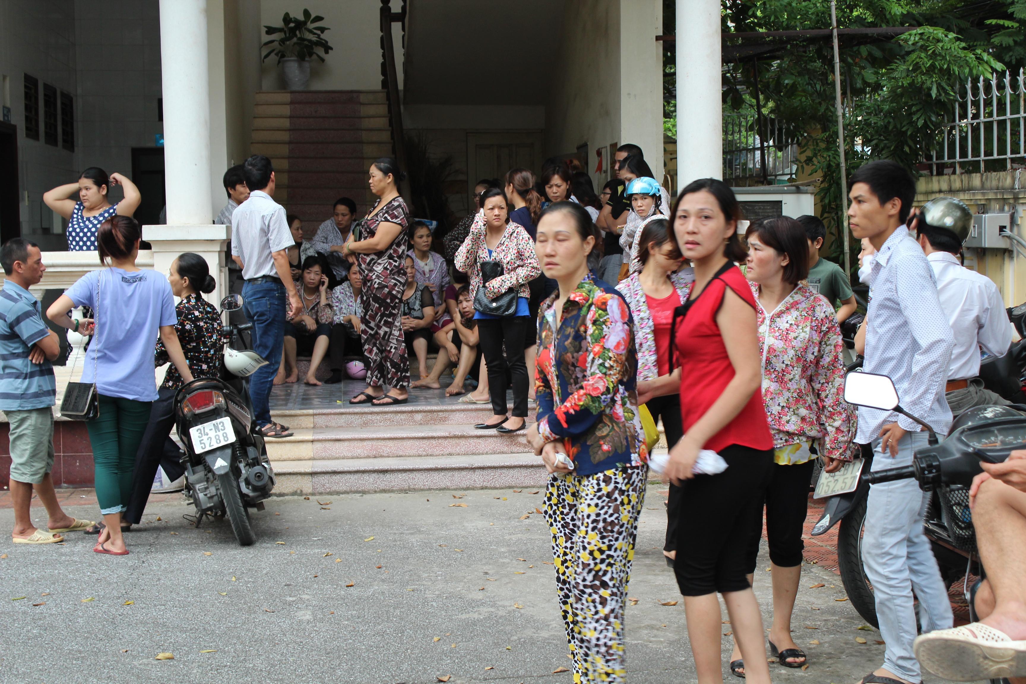 Cận cảnh tòa trung tâm thương mại ở Hải Dương bị thiêu trụi 7