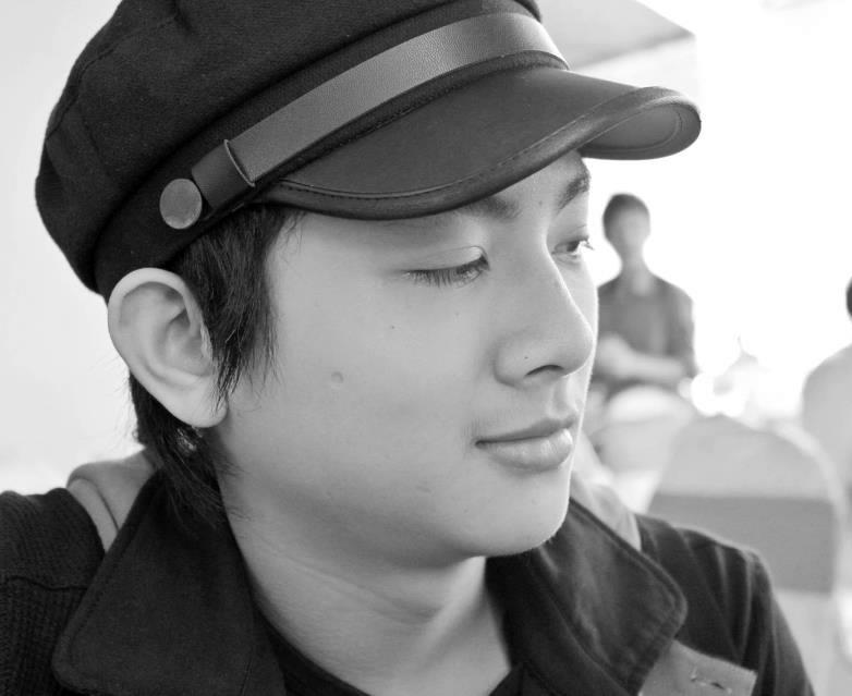 Vẻ thư sinh của con trai Hoài Linh 9