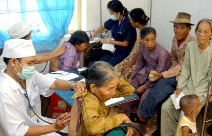 Bài học kinh nghiệm đối phó với già hóa dân số 1