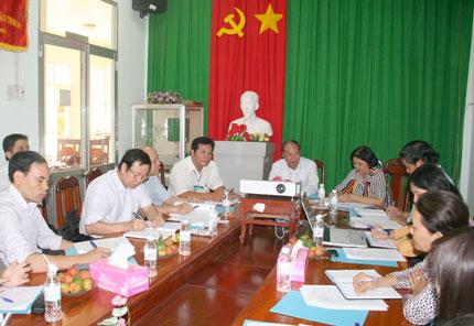 Đoàn công tác Tổng cục DS-KHHGĐ làm việc tại 3 tỉnh Tây Nam bộ: Nhanh chóng ổn định quy mô dân số 1