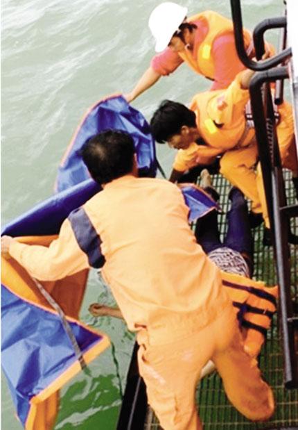 Vụ chìm tàu tại vùng biển Cần Giờ, TP HCM: Dốc toàn lực tìm kiếm 2