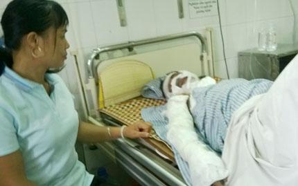Hai người bị điện giật cháy sém ở Hà Nội: Quận Cầu Giấy đã coi thường cảnh báo? 1