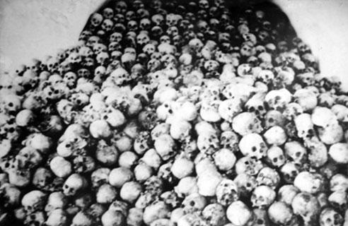 Viếng thăm ngôi mộ lớn nhất Việt Nam 3