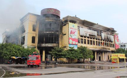 """Bảo hiểm cháy nổ ở chợ, Trung tâm thương mại: Bảo hiểm """"né"""" vì sợ vạ lây? 1"""
