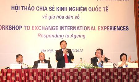 Hội thảo chia sẻ kinh nghiệm quốc tế về già hóa dân số 1