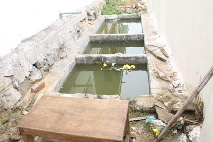 Vụ cháu bé chết đuối tại hố ga trường mầm non ở Nghệ An: Gia đình đau đớn, giáo viên hoảng loạn 2