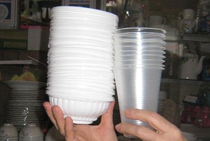Cốc, đĩa, bát giấy: Chỉ đựng đồ nóng ở ngưỡng 40oC 1