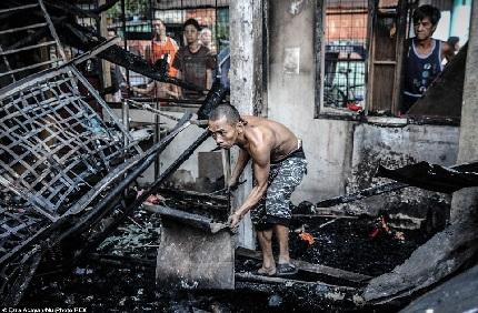 Hỏa hoạn khiến 1.000 ngôi nhà bị cháy rụi tại Philipinnes 2