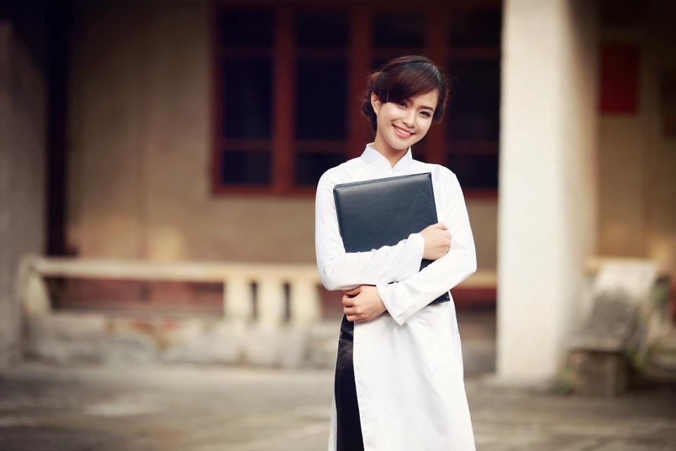 Ngỡ ngàng vẻ đẹp top 20 của Nữ sinh Việt Nam 17