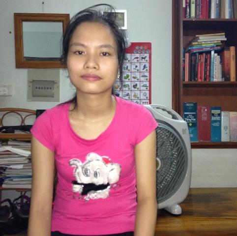 Nỗi lo của cô bé học giỏi có bố mẹ nghèo khó tật nguyền 1