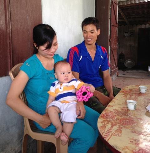 Về nơi những ông bố hỗ trợ vợ cho con bú  2