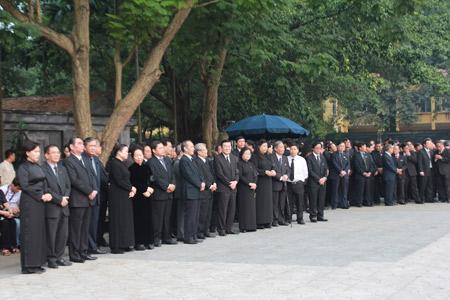 Lãnh đạo Đảng, Nhà nước thành kính viếng Đại tướng Võ Nguyên Giáp 6