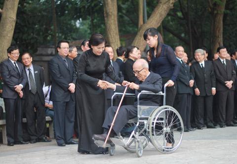 Lãnh đạo Đảng, Nhà nước thành kính viếng Đại tướng Võ Nguyên Giáp 8