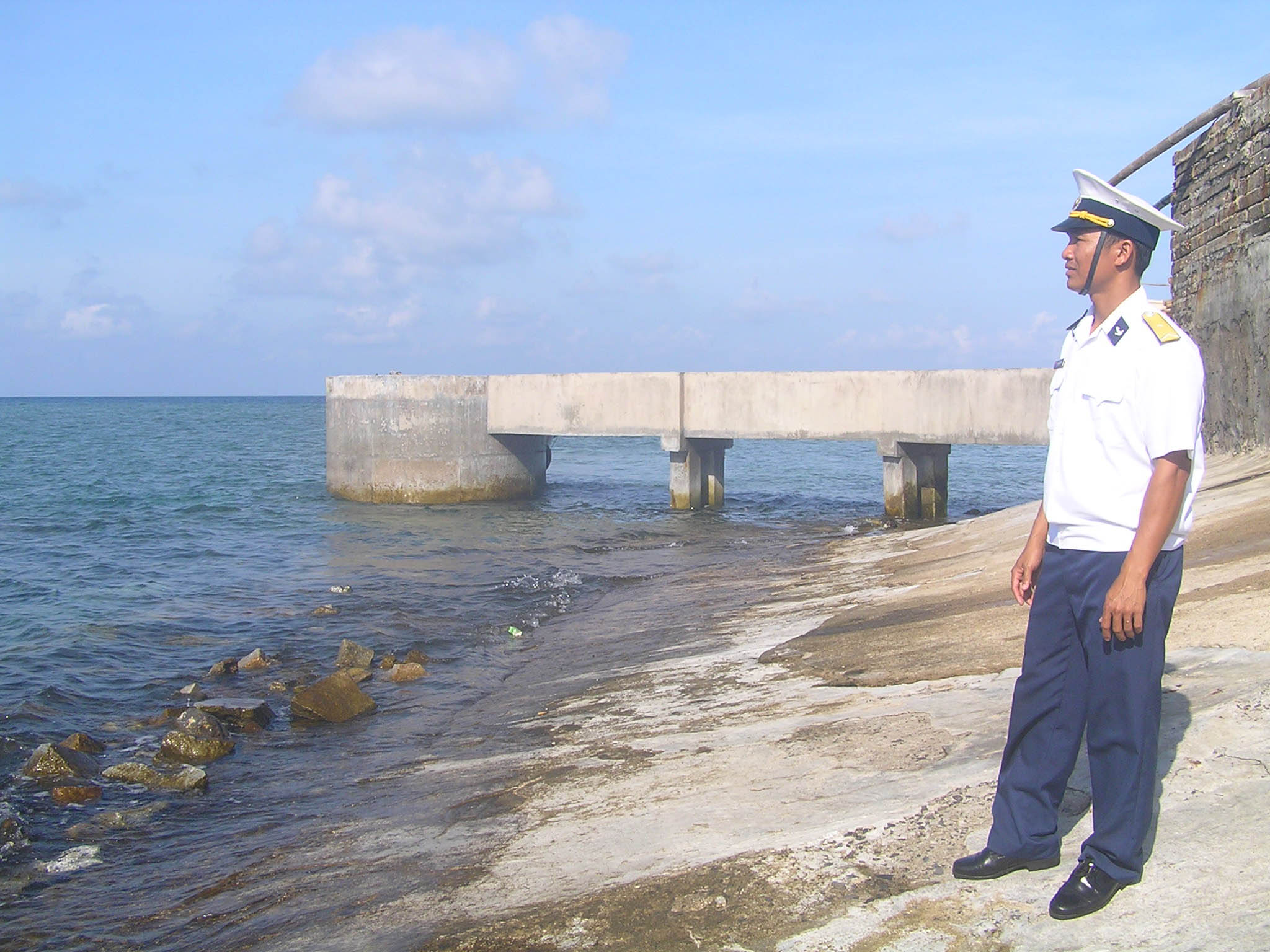 Chiến sỹ đảo Trường Sa cứu ngư dân 1