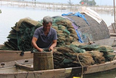 """Chuyện về lão ngư mù """"sát cá"""" trên phá Tam Giang 2"""