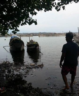 """Chuyện về lão ngư mù """"sát cá"""" trên phá Tam Giang 5"""