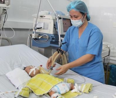 Cứu sống bé gần 3 tháng tuổi bị bệnh tim hiếm gặp 2