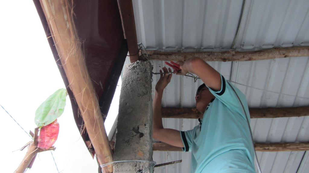Cận cảnh người dân Đà Nẵng chuẩn bị đối phó bão số 8 19
