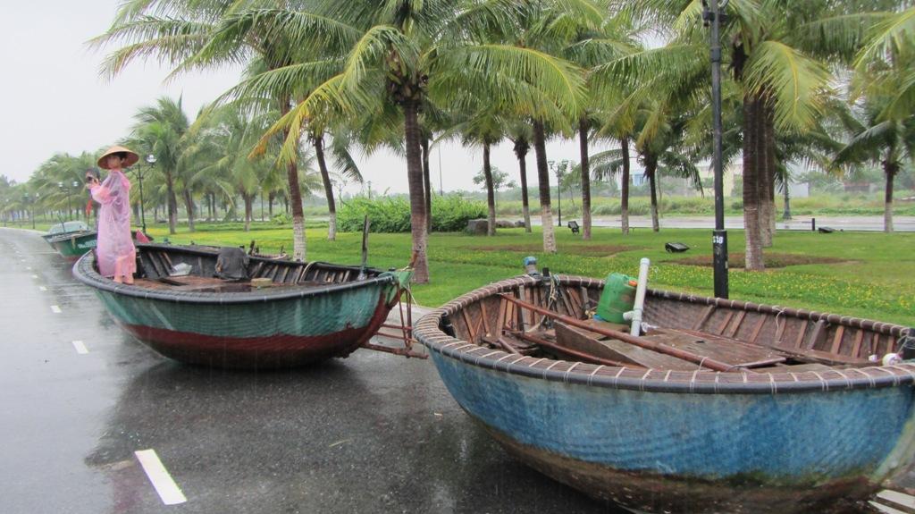 Cận cảnh người dân Đà Nẵng chuẩn bị đối phó bão số 8 14