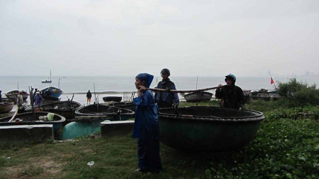 Cận cảnh người dân Đà Nẵng chuẩn bị đối phó bão số 8 10