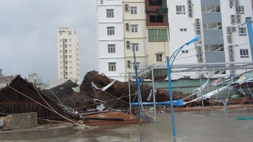Đà Nẵng tan hoang sau bão số 11 6