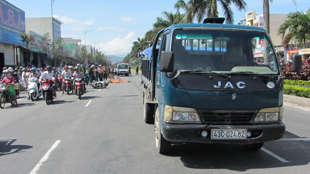 Đà Nẵng: Hai nữ sinh viên chết thảm sau tai nạn kinh hoàng 3