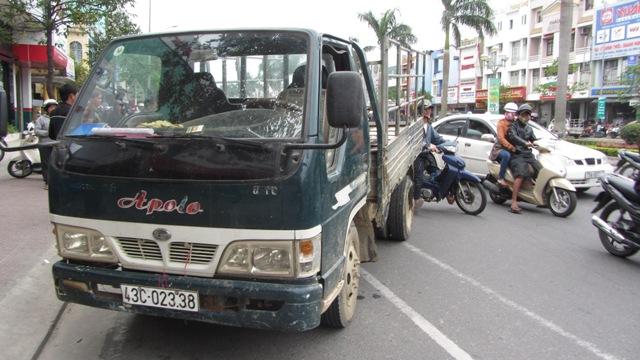 Đà Nẵng: Xe tải quá hạn kiểm định gây tai nạn kinh hoàng 2