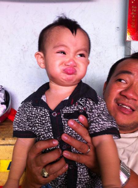 Con trai diễn viên Hiếu Hiền giống bố như đúc 4