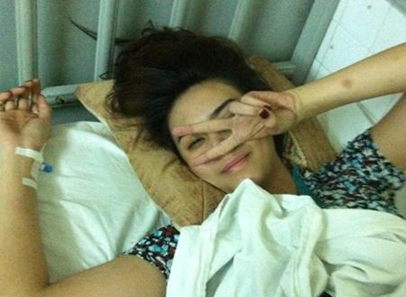 Võ Hoàng Yến cập nhật Face Book cá nhân sau tai nạn 2
