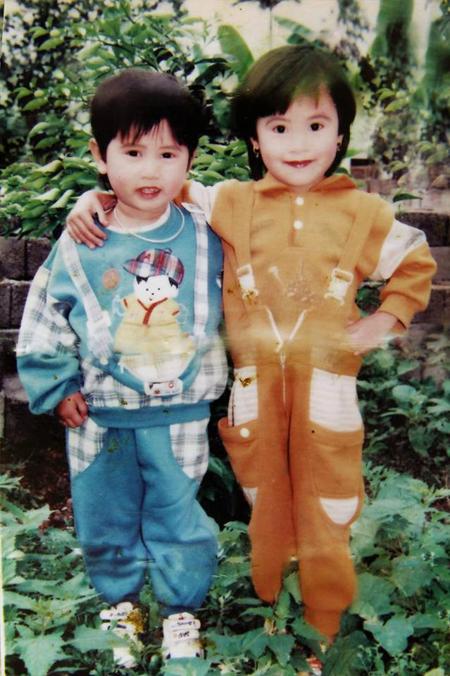 Ảnh thời thơ ấu cực dễ thương của hàng loạt sao Việt 13