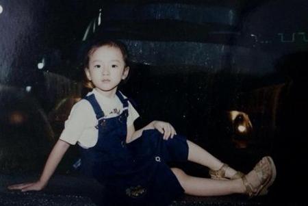 Ảnh thời thơ ấu cực dễ thương của hàng loạt sao Việt 10