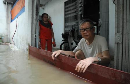 TPHCM: Một cơn mưa, nhiều cảnh báo 1