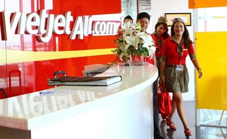 VietJet vào top 50 các Cty thu hút nhân lực ứng tuyển  1