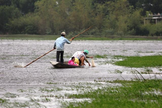 Mưu sinh trong mưa lũ: Những cái chết được báo trước 2