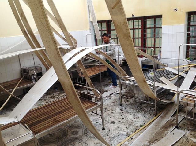 Bệnh viện Đa khoa Minh Hóa: Tan hoang sau bão lũ 2