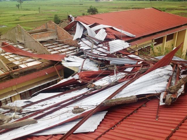Bệnh viện Đa khoa Minh Hóa: Tan hoang sau bão lũ 1