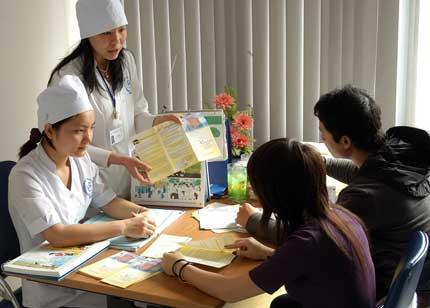 Mang thai vị thành niên: Cần có sự quan tâm toàn diện 1