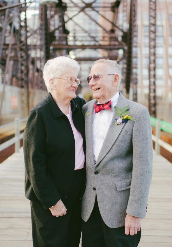 Bộ ảnh kỷ niệm 61 năm tình yêu của cặp vợ chồng ngoại bát tuần 4