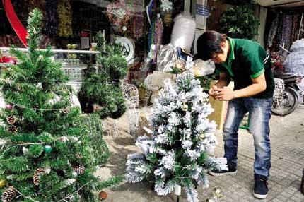 Thị trường Noel trầm lắng 1