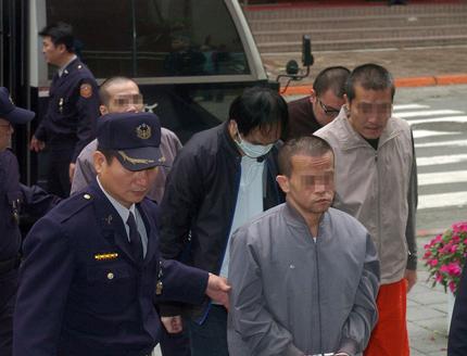 Thiếu gia cưỡng hiếp hàng loạt người mẫu được xử vô tội 1