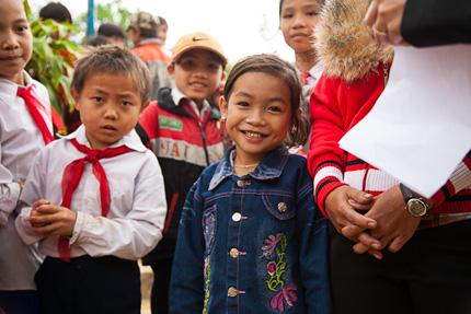 Đi Honda 67 xuyên Việt giúp bà mẹ, trẻ em 2