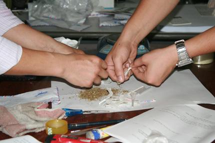 Ổ nhóm buôn bán ma túy lớn sa lưới 1