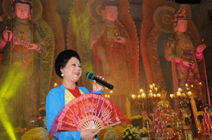 Lễ hội hoa cúc Ba Vàng – nét văn hóa cần được lưu giữ 6