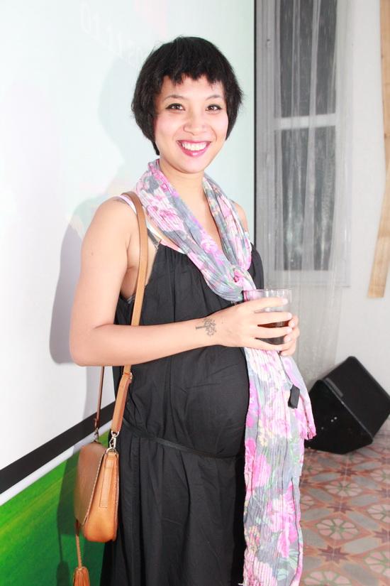 MC Thùy Minh thời điểm mang thai con trai