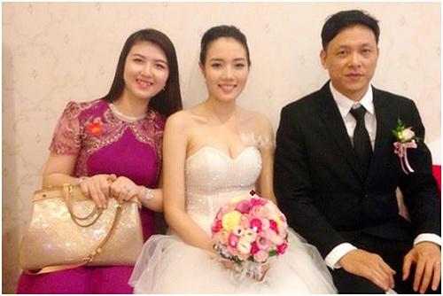 Đám cưới của họ được diễn ra bí mật với truyền thông