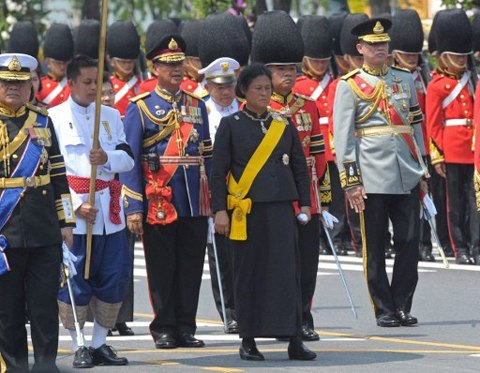 Thai Princess Maha Chakri Sirindhorn (C) parade during the royal cremation of Thai Princess Bejaratana Rajasuda Sirisobhabannavadi at Sanam Luang in Bangkok on April 9, 2012. Thai Princess Bejaratana, the first cousin of Thai King Bhumibol Adulyadej, was admitted to Bangkoks Siriraj Hospital on July 13 for bloodstream infection and passed away on July 27, 2011 after her condition worsened