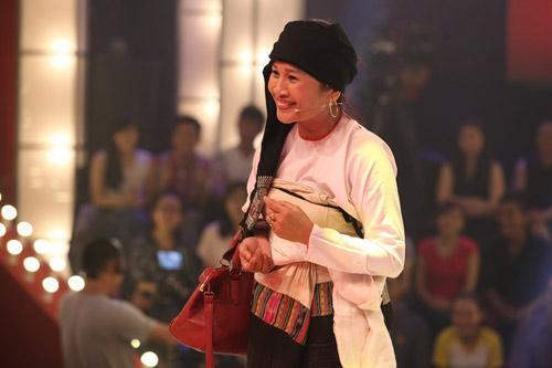 Hình ảnh chị Lê ThịDần trên sân khấu Thách thức danh hài.