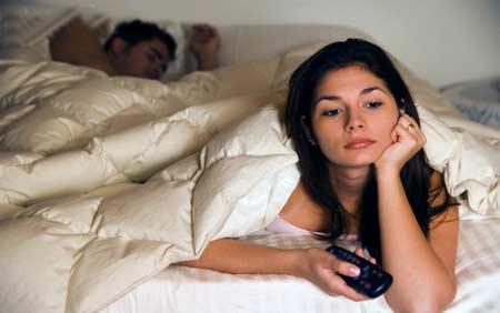 Cuộc yêu kéo dài không chỉ khiến phái mạnh mệt mỏi mà còn gây khó chịu cho đối tác (ảnh minh họa)